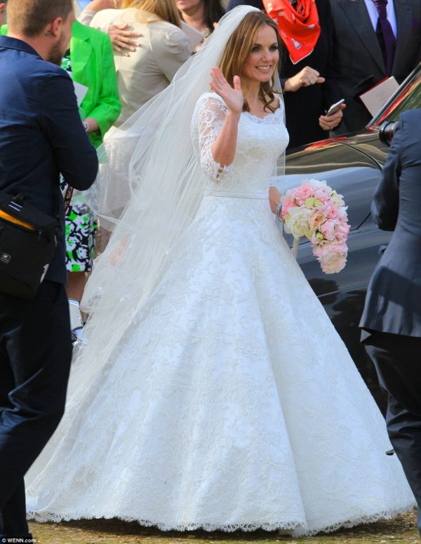 geri-halliwell-wedding-dress