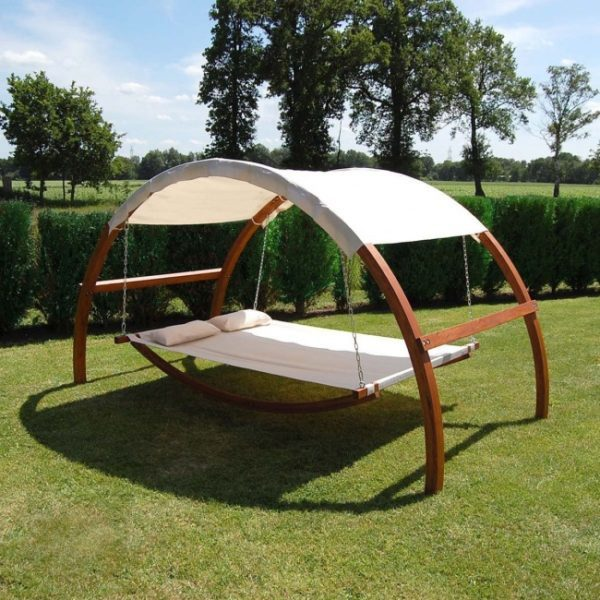swing-bed-backyard