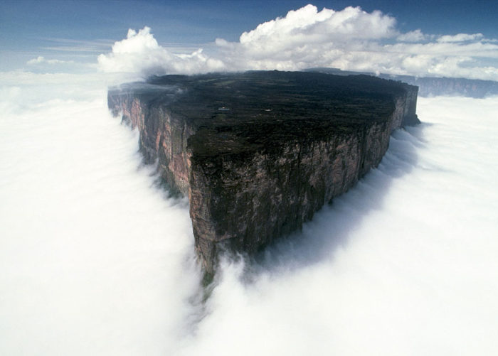 venezuela-mount- totaima