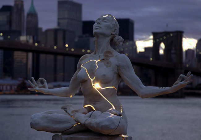 expansion-statue-new-york